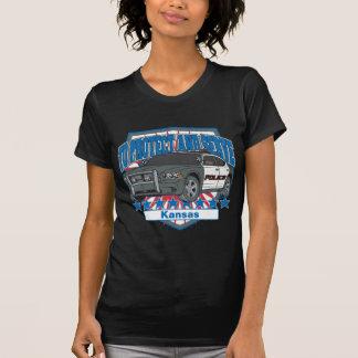 Kansas para proteger y para servir el coche patrul camiseta