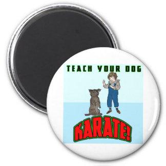 Karate 2 del perro imán redondo 5 cm