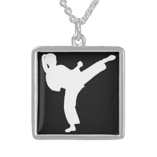 Karate Pendientes Personalizados