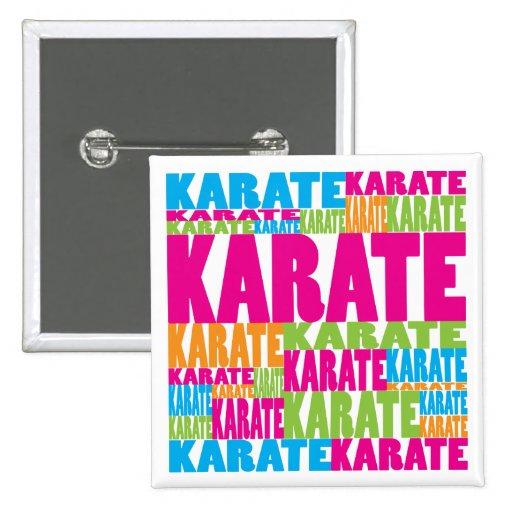 Karate colorido pin