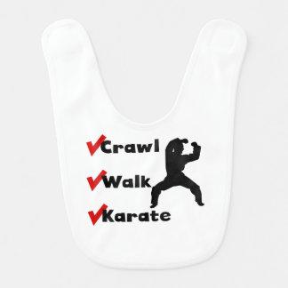 Karate del paseo del arrastre babero de bebé
