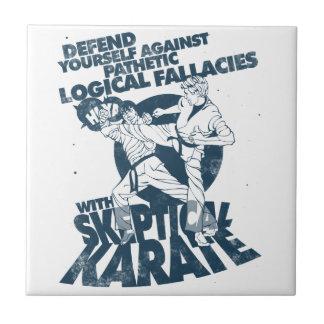 Karate escéptico azulejo cuadrado pequeño