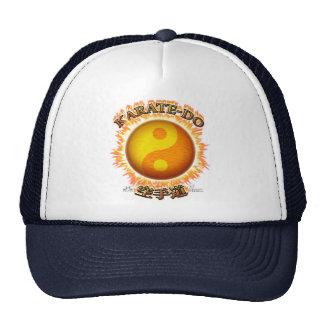 Karate-hacen los gorras de Yin/de Yang Sun