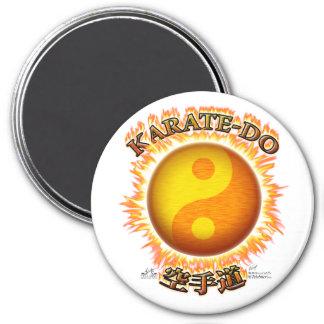Karate-hacen los imanes de Yin/de Yang Sun Imán Redondo 7 Cm