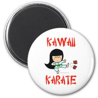karate lindo del chibi de los artes marciales del  imán redondo 5 cm