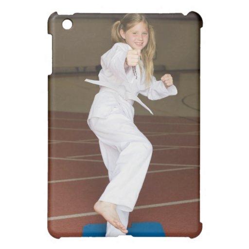Karate practicante del chica