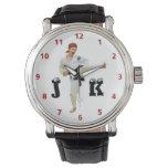 Karate que golpea el monograma del personalizar reloj