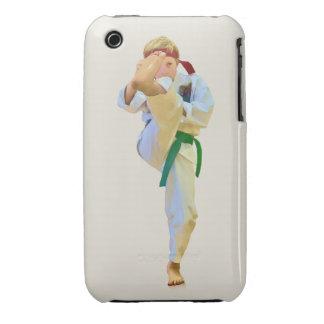 Karate que golpea la caja del compañero con el pie iPhone 3 Case-Mate funda