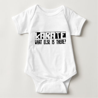 ¿Karate qué más está allí? Camiseta