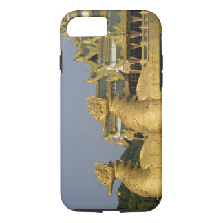 Karaweik Hall is a landmark of Yangon, locating iPhone 8/7 Case