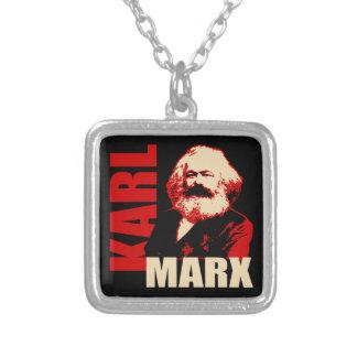 Karl Marx, socialista y comunista Colgante Cuadrado