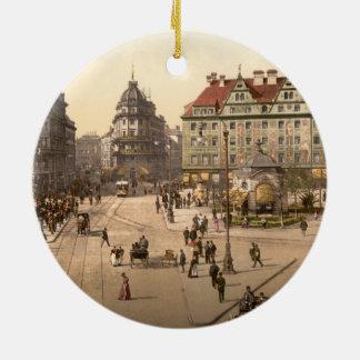 Karlsplatz y ferrocarril, Munich, Alemania Adorno Navideño Redondo De Cerámica