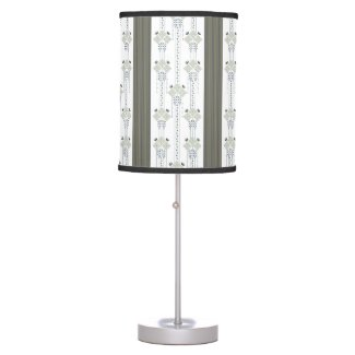Karo flowers and curls pattern table lamp