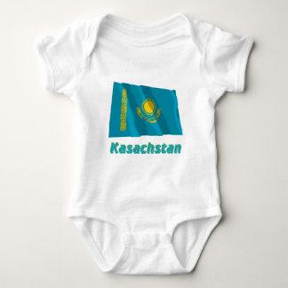 Kasachstan Fliegende Flagge mit Namen Shirt