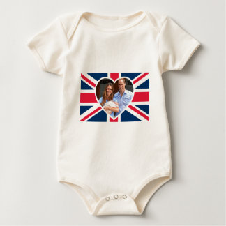 , Kate, príncipe George - bandera británica Body Para Bebé