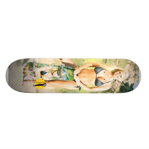 """Katie Lohmann """"Vücut"""" Skateboard"""