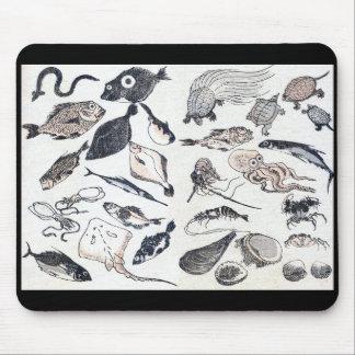 Katsushika Hokusai and fish zu paragraph Mouse Pad