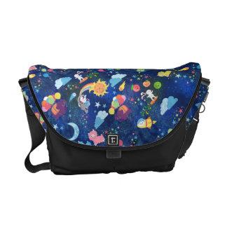 Kawaii cósmico bolsas de mensajeria