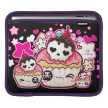 Kawaii skull cupcake with stars and hearts iPad sleeve