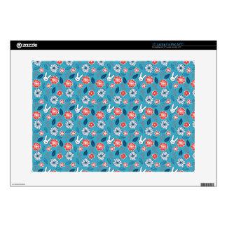 """Kawaii Usagi Floral Pattern 15"""" Laptop Decal"""