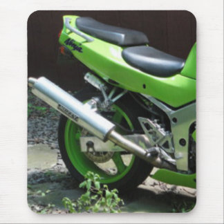 Kawasaki Green Ninja ZX-6R Motocycle, Street Bike Mouse Pad