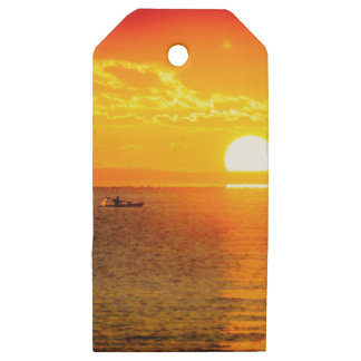 Kayak into the Sunrise Wooden Gift Tags