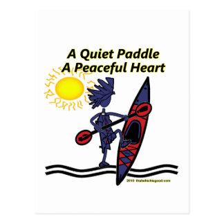 Kayak las ondas reservadas de una paleta postales