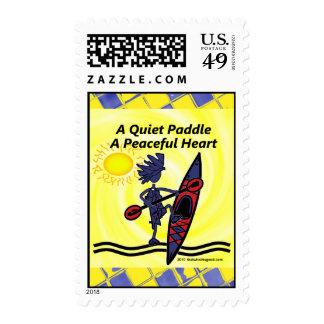 Kayak las ondas reservadas de una paleta timbre postal