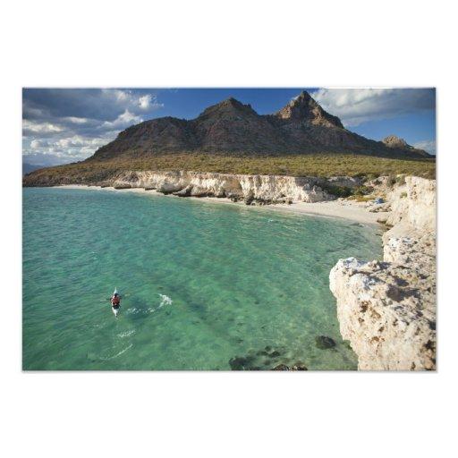 Kayaker del mar en el golfo de California en Isla Arte Fotográfico