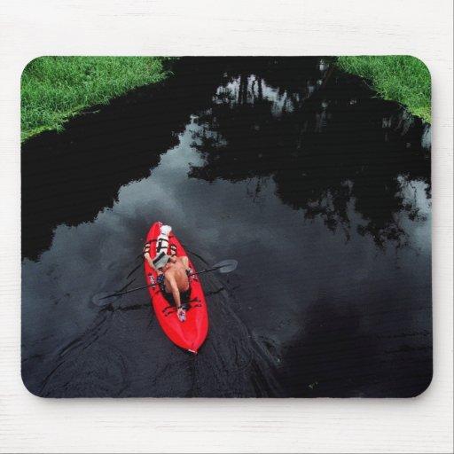 Kayaker en el río de Loxahatchee Tapetes De Ratón