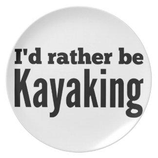 Kayaking bastante platos de comidas