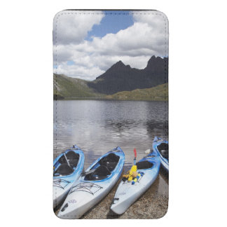 Kayaks, Cradle Mountain and Dove Lake, Cradle Galaxy S5 Pouch
