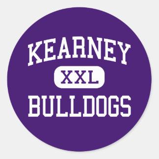 Kearney - dogos - joven - Kearney Missouri Etiqueta Redonda