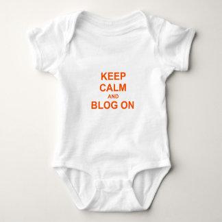 Keep Calm and Blog On orange pink red Tee Shirt