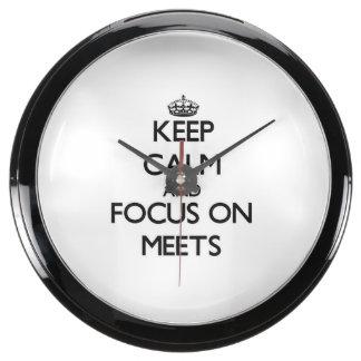 Keep Calm and focus on Meets Aquarium Clocks