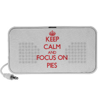 Keep Calm and focus on Pies Mp3 Speaker