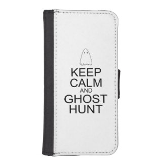 Keep Calm and Ghost Hunt (Parody) iPhone 5 Wallet