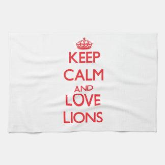 Keep calm and love Lions Towel