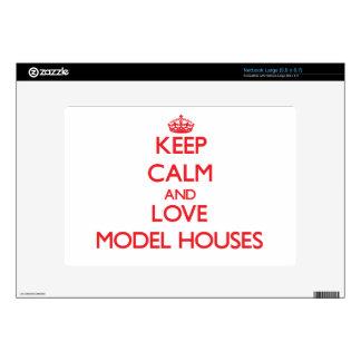 Keep calm and love Model Houses Netbook Skin