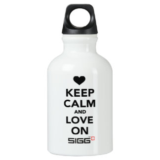 Keep calm and Love on Aluminum Water Bottle