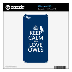 iPhone 4/4S Skin with Keep Calm and Love Owls design