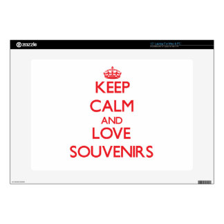"""Keep calm and love Souvenirs 15"""" Laptop Skins"""