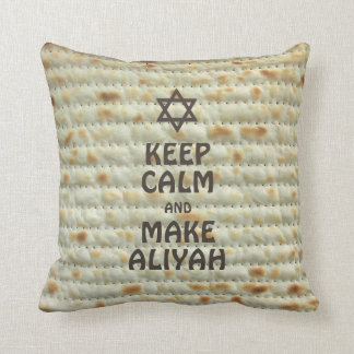 Keep Calm And Make Aliyah - Matzah Throw Pillow