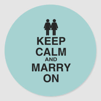 KEEP CALM AND MARRY ON (LES CLASSIC ROUND STICKER