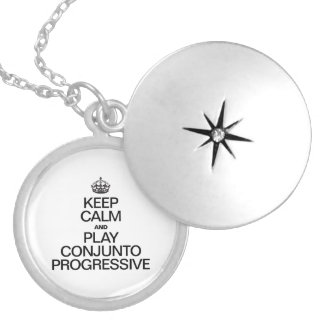 KEEP CALM AND PLAY CONJUNTO PROGRESSIVE ROUND LOCKET NECKLACE