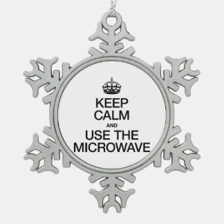 KEEP CALM AND USE THE MICROWAVE ORNAMENTS