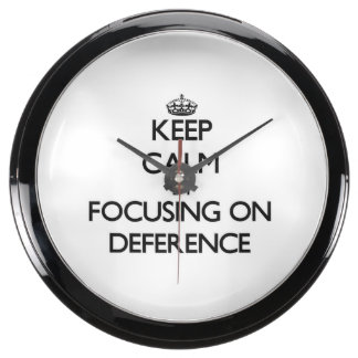 Keep Calm by focusing on Deference Fish Tank Clocks