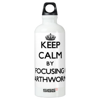 Keep calm by focusing on Earthworms SIGG Traveler 0.6L Water Bottle