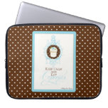 Keep Calm & Eat Cupcakes - Fashion Trendy Chic Laptop Sleeve