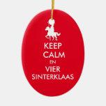 Keep Calm en Vier Sinterklaas Ornament Adorno Ovalado De Cerámica